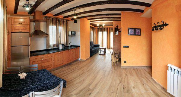 Apartamento Calleja: Cocina, comedor y salón.