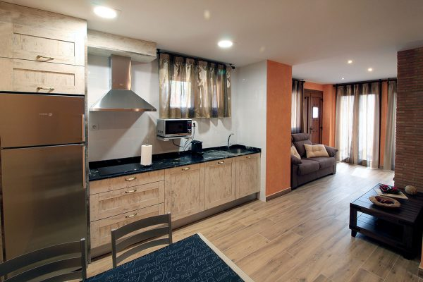 Apartamento Galilea: Cocina y salón.