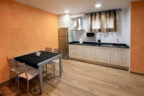 Apartamento Galilea: Cocina y comedor.