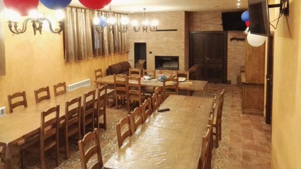 Casa completa: Uso exclusivo del salón-asador